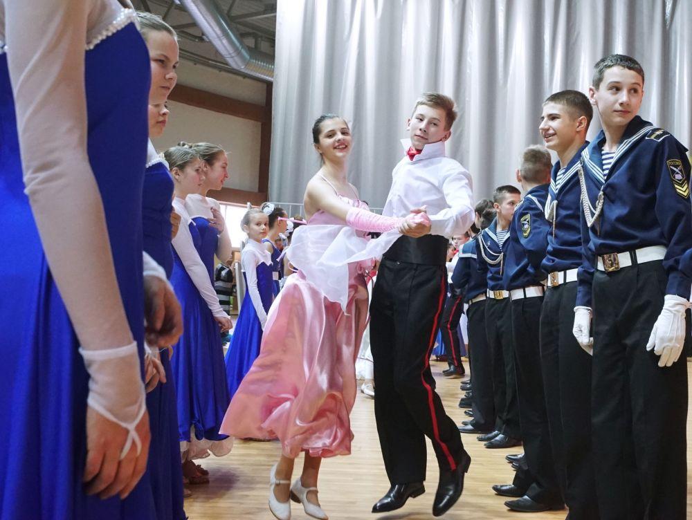 W czasie balu odbyły się również występy pokazowe zwycięzców finału.