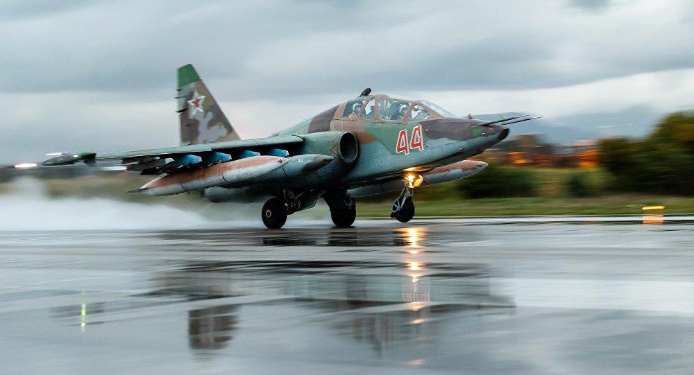 Rosyjski Su-25 w bazie Hmeimim, Syria