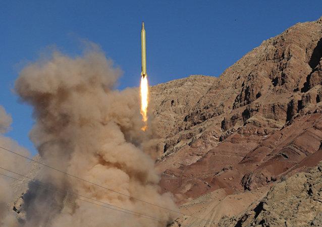 Próba rakietowa w północnym Iranie w marcu 2016 roku