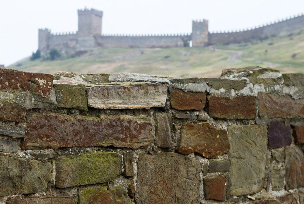W XIV wieku Genueńczycy wycisnęli z Sudaku Złotą Ordę. A w 1475 roku twierdza została zdobyta przez tureckie wojska.