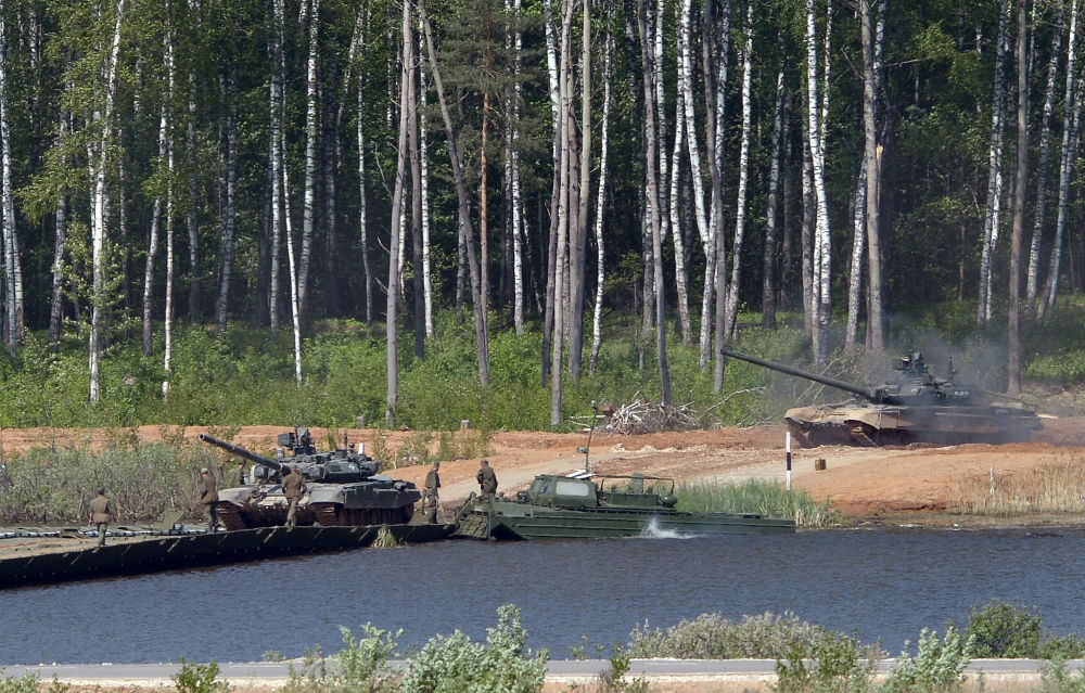 Czołgi T-72B3 podczas pokazu sprzętu wojskowego w obwodzie moskiewskim.