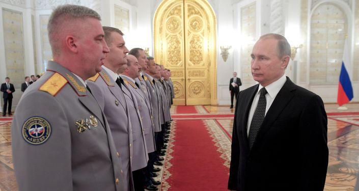 Prezydent Rosji Władimir Putin na spotkaniu z najwyższymi oficerami na Kremlu