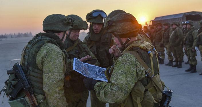 Rozminowywanie wschodnich rejonów Aleppo przez rosyjskich saperów
