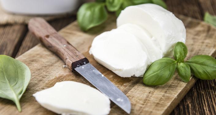 Donato Parisi produkuje w Moskwie mozzarellę i inne włoskie sery