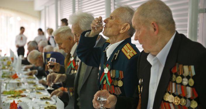Białoruscy weterani świętują Dzień Zwycięstwa