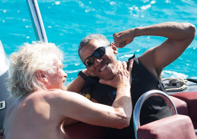 Były prezydent USA Barack Obama i milioner Richard Branson podczas urlopu na wyspie Branson's Moskito