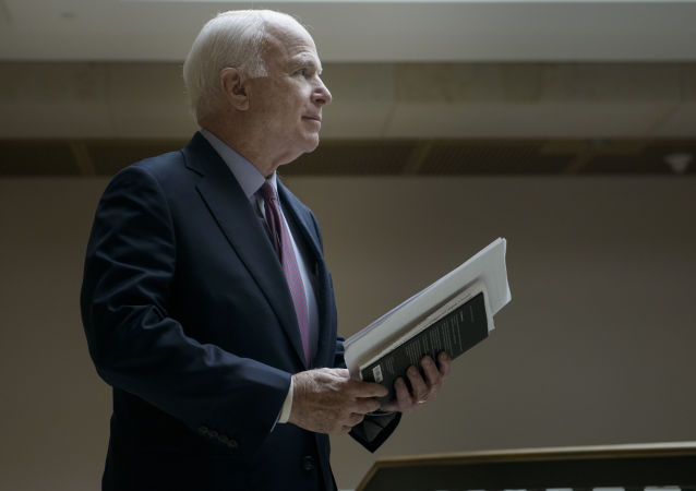 Przewodniczący Senackiej Komisji Kongresu USA ds. Sił Zbrojnych John McCain