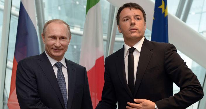 Prezydent Rosji Władimir Putin i premier Włoch Matteo Renzi w Mediolanie