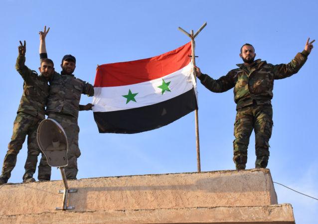 Żołnierze syryjskich wojsk rządowych