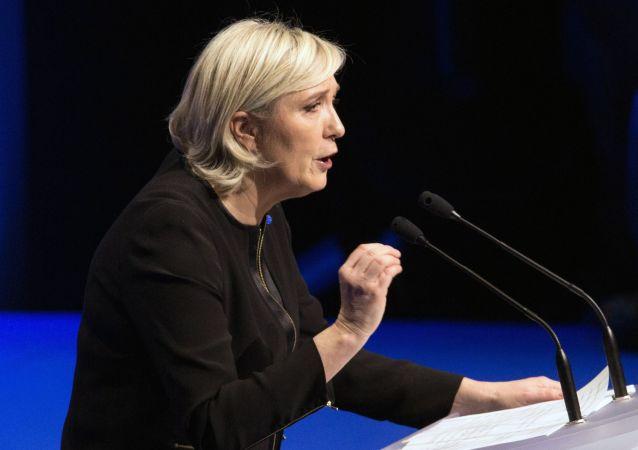 Liderka francuskiej partii Front Narodowy Marine Le Pen