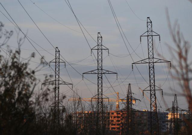 Linie wysokiego napięcia w obwodzie lwowskim