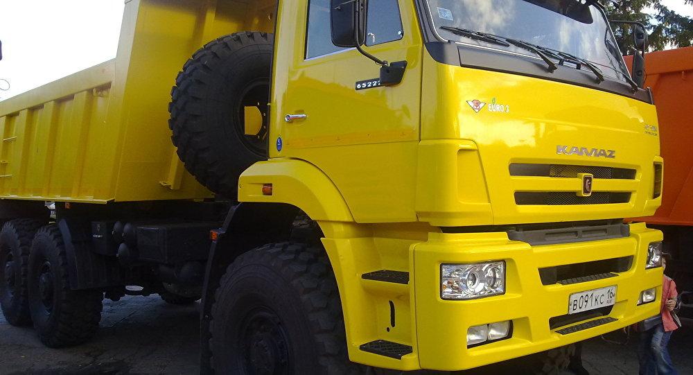 Ciężarówka KamAZ