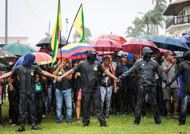 W Gujanie Francuskiej protestujący domagają się autonomii dla regionu
