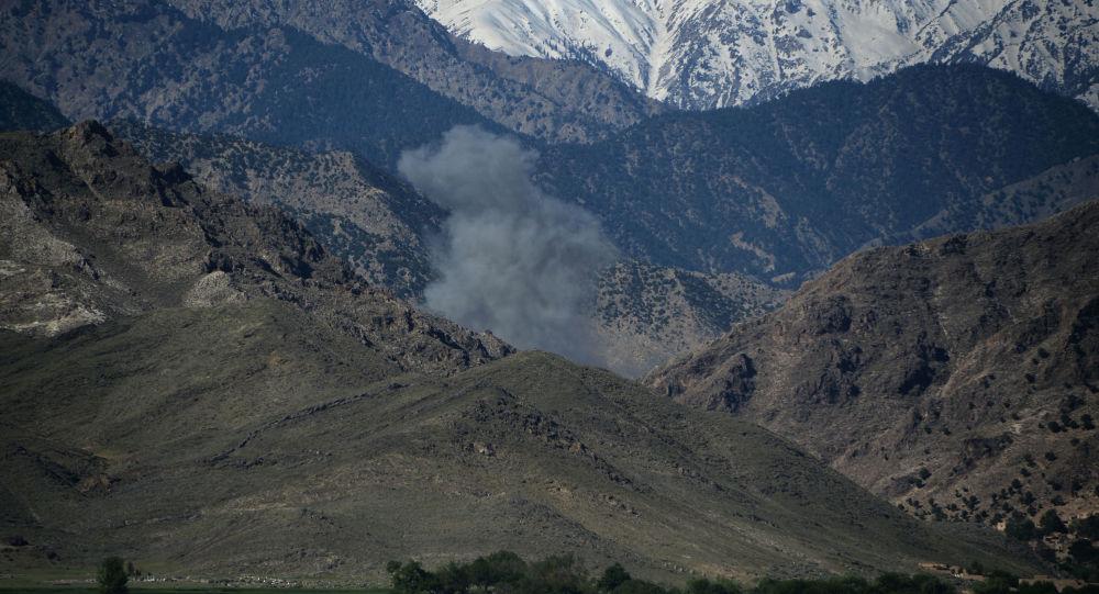 Amerykański atak z użyciem konwencjonalnej bomby lotniczej GBU-43 w Afganistanie