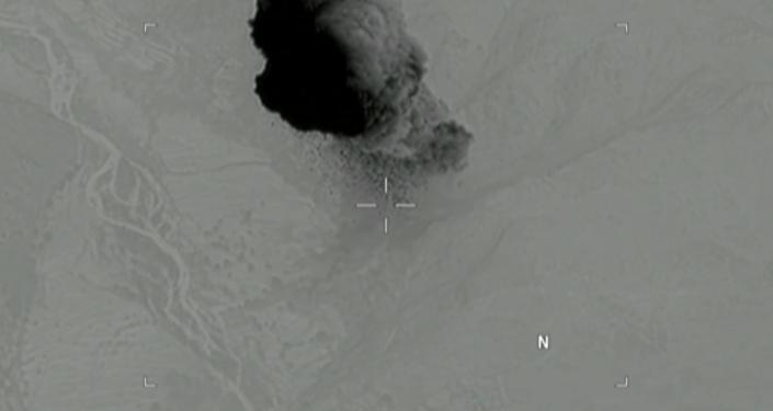 Zrzucenie najpotężniejszej bomby w Afganistanie