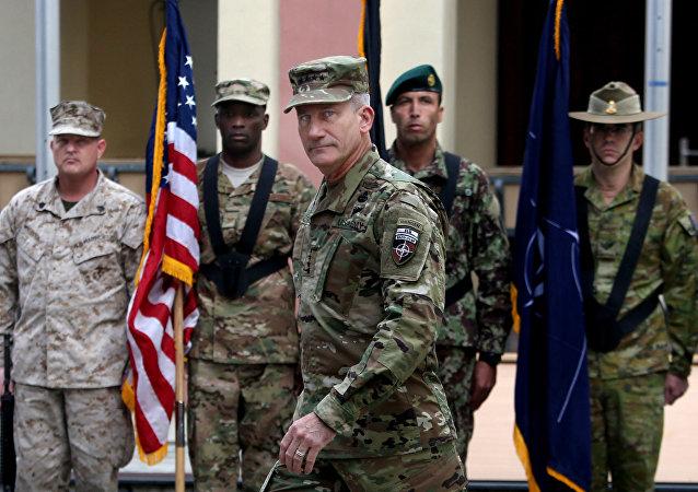 Dowódca amerykańskich sił zbrojnych w Afganistanie generał John Nicholson