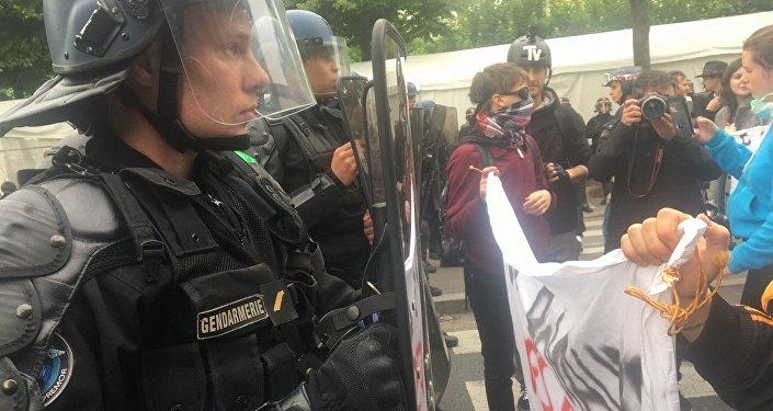 Demosntracja w Paryżu, 05.05.2017