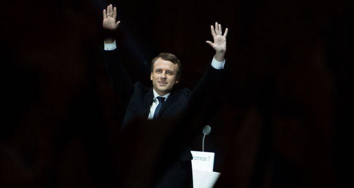 Lider ruchu En Marche! Emmanuel Macron, który odniósł zwycięstwo w wyborach prezydenckich we Francji