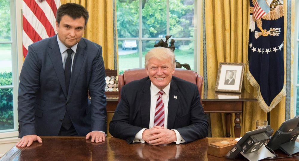 Minister spraw zagranicznych Ukrainy Paweł Klimkin i prezydent USA Donald Trump na spotkaniu w Białym Domu