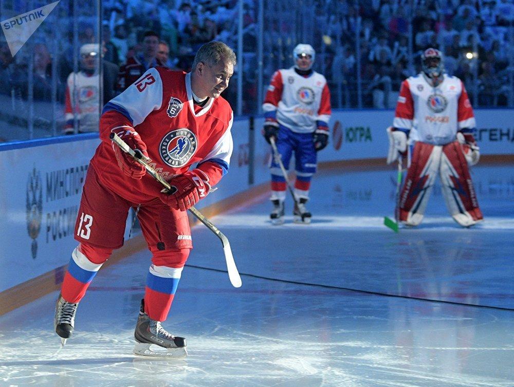 Nocny Festiwal Hokeja w Soczi