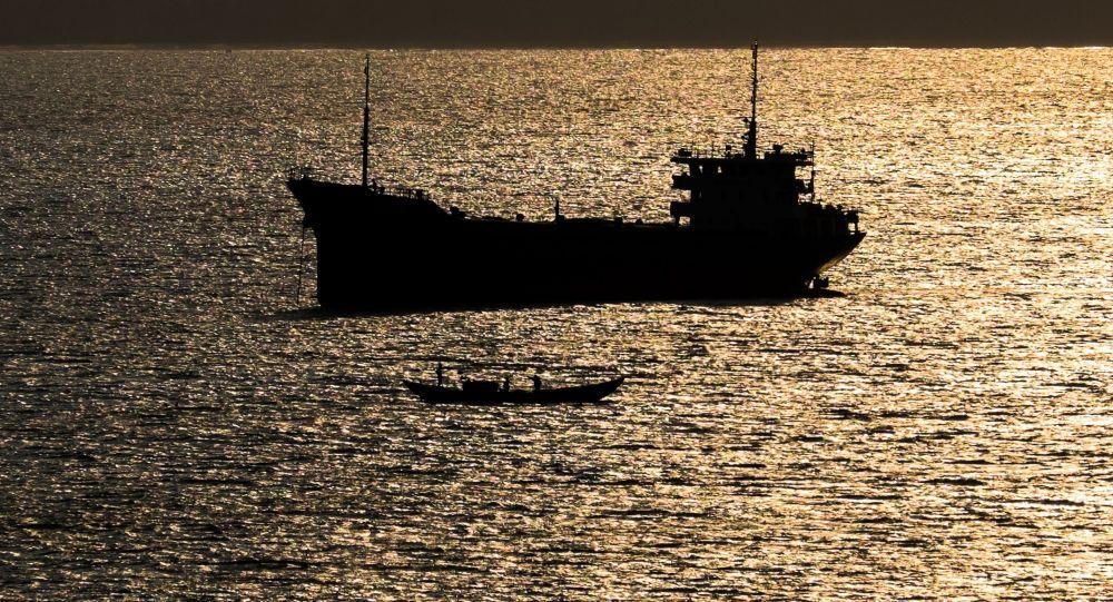 Statek na Morzu Południowochińskim