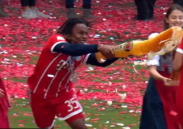 Mistrzostwa Niemiec zakończyły się prysznicem z piwa