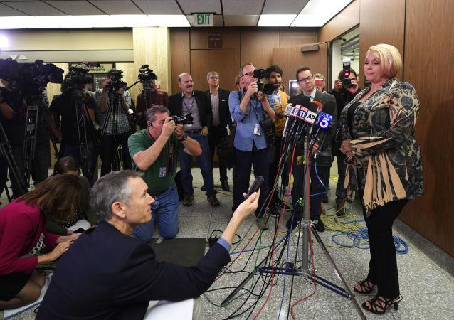 Amerykanka Samantha Geimer, zgwałcona przez Polańskiego, prosi sąd o zakończenie postępowania