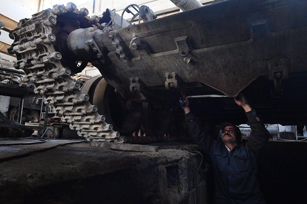 Zakład remontujący sprzęt pancerny w Damaszku.