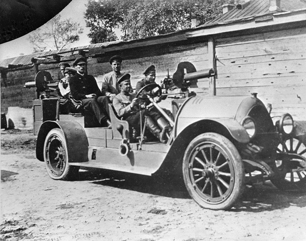 Lekkie auto stanowiło doskonałą jednostkę bojową, jeśli tylko było wyposażone w karabin maszynowy.