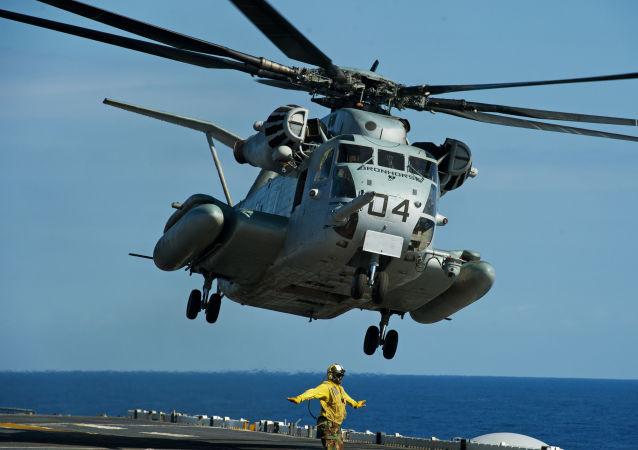 Amerykański śmigłowiec CH-53E