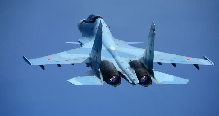 Myśliwiec Su-30