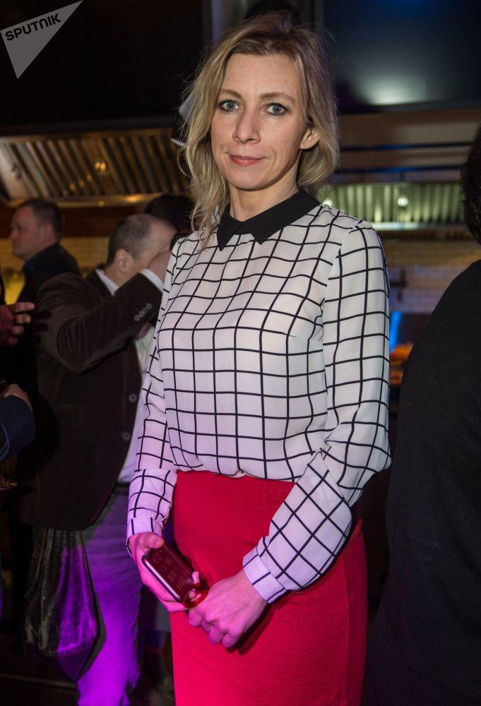 Rzeczniczka MSZ Federacji Rosyjskiej Maria Zacharowa na imprezie koktajlowej z okazji publikacji rankingu 100 najbardziej stylowych osób według czasopisma GQ w restauracji Valenok w Moskwie.