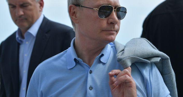 W sobotę prezydent Rosji Władimir Putin przyjechał do ośrodka młodzieżowego Artek na Krymie
