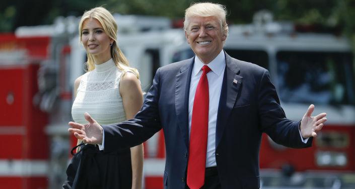 Prezydent USA Donald Trump z córką Ivanką