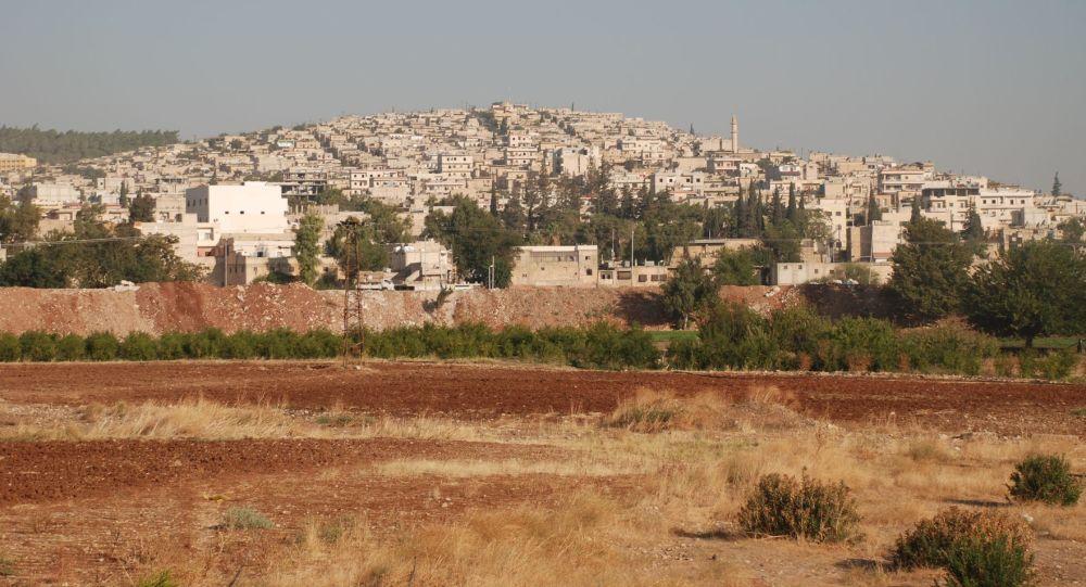 Widok na syryjskie miasto Afrin. Zdjęcie archiwalne