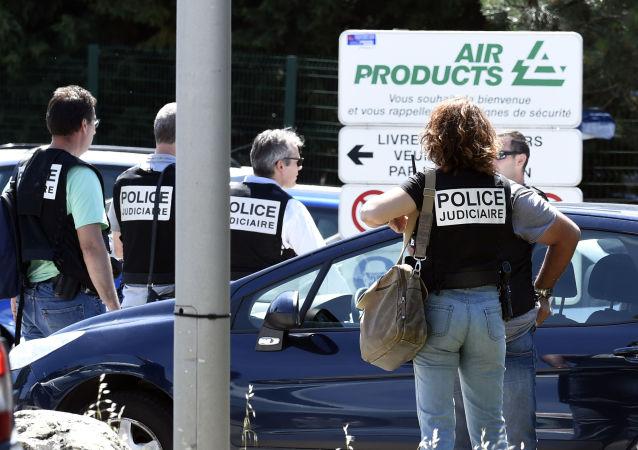 Atak terrorystyczny w zakładach gazowych we francuskim Saint-Quentin-Fallavier