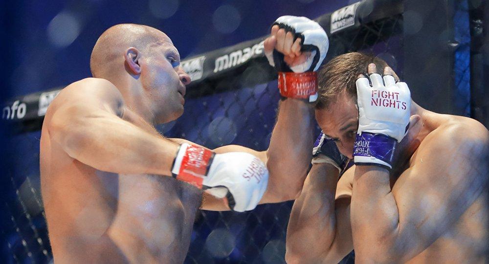 MMA w Petersburgu