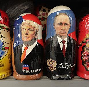 Matrioszki Donalda Trumpa i Władimira Putina