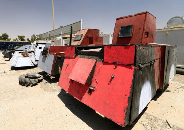 Iracka policja zorganizowała w Mosulu wystawę samochodów należących do Państwa Islamskiego do wyzwolenia miasta.