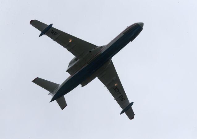 Samolot amfibia Be-200
