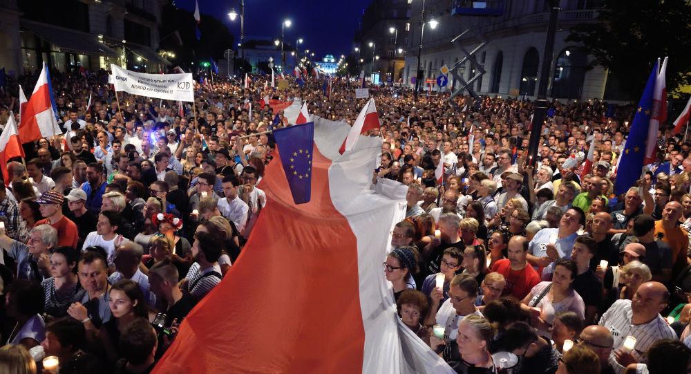 Protesty w Warszawie przeciwko reformy sądownictwa