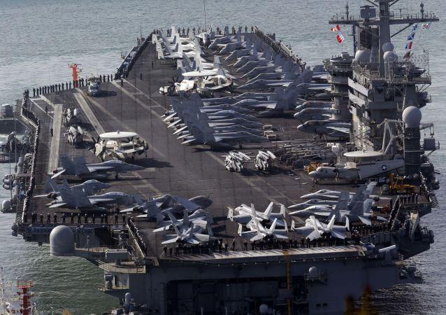 Amerykański lotniskowiec USS Nimitz