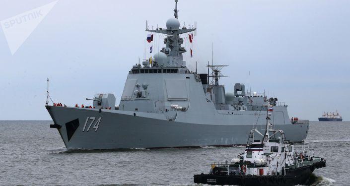 Niszczyciel rakietowy Heifei z oddziału okrętów bojowych chińskiej marynarki wojennej, który przybył do portu w Bałtyjsku, by wziąć udział w rosyjsko-chińskich ćwiczeniach Współdziałanie Morskie 2017