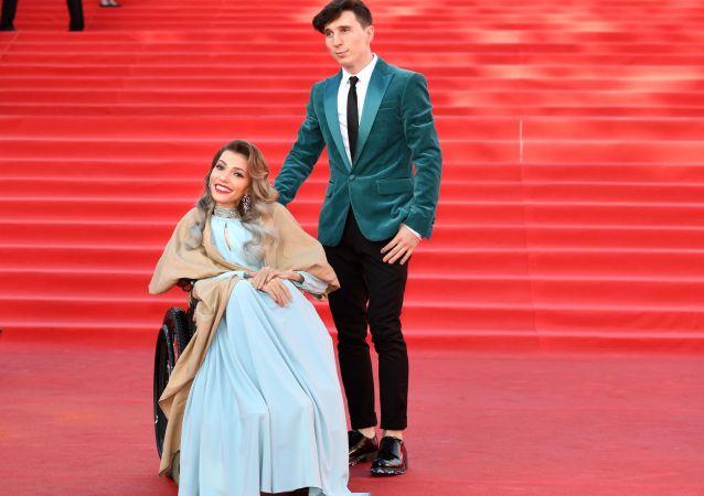 Julia Samojłowa z mężem