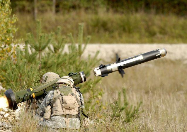 Amerykański przeciwpancerny pocisk rakietowy FGM-148 Javelin