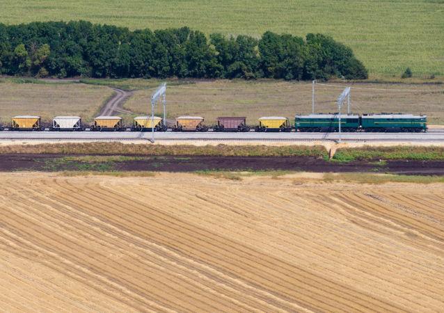 Część trasy kolejowej omijającej Ukrainę