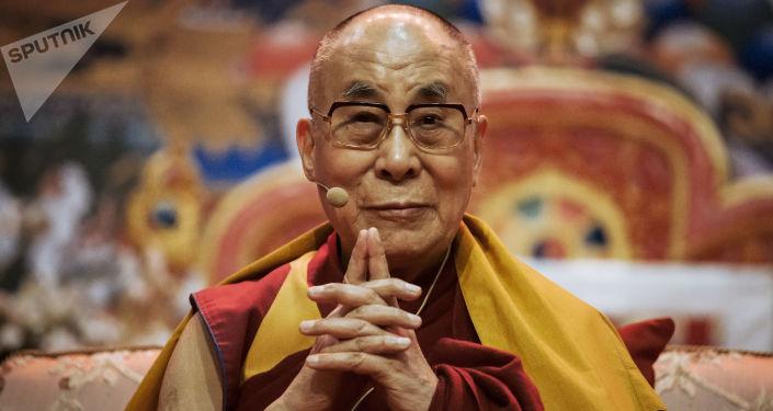 Duchowy przywódca buddystów tybetańskich Daljlama XIV