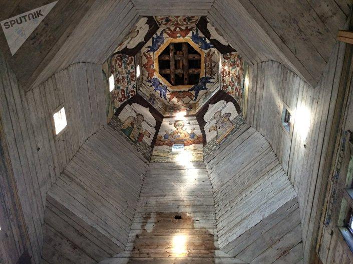 Malowidła pod kopułą cerkwi Wniebowstąpienia Pańskiego w Torżoku.