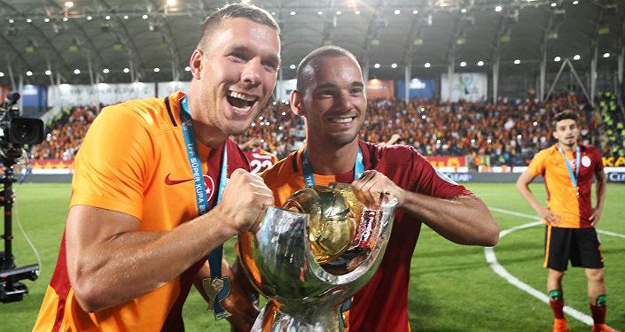 Lukas Podolski i Wesley Sneijder