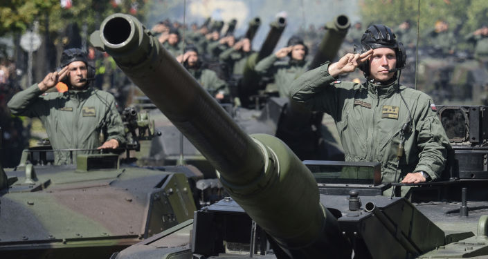 Parada z okazji Święta Wojska Polskiego